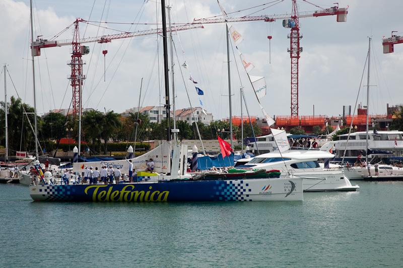 7 Race Boats Leave Singapore