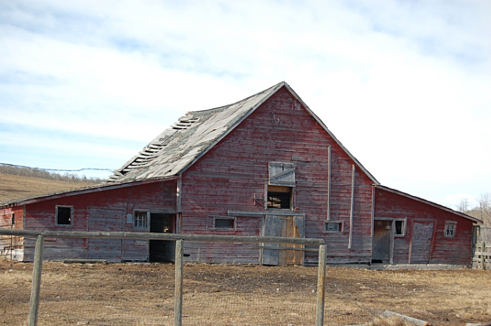 The Routhier Barn before deconstruction