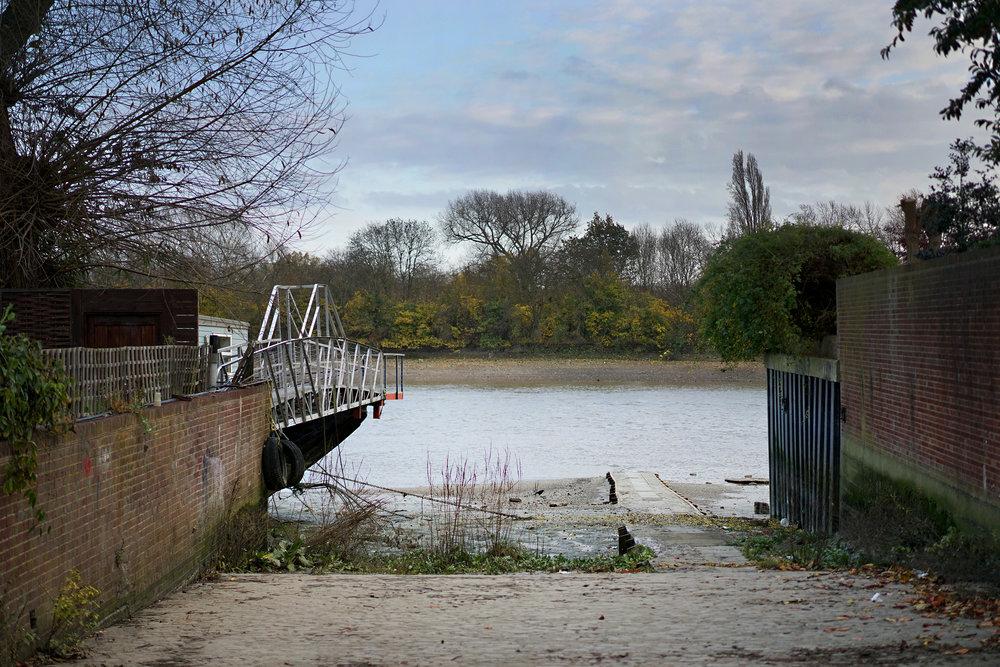 Fullers River Thames 001.jpg