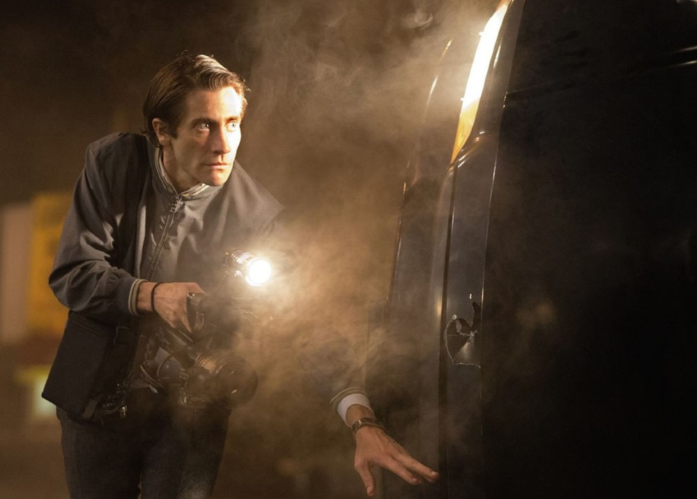 nightcrawler-jake-gyllenhaal-flashlight-lou-bloom.jpg