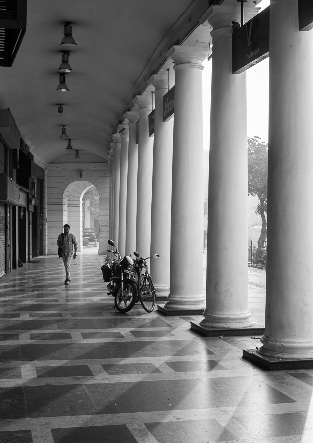 Delhi street-3.jpg