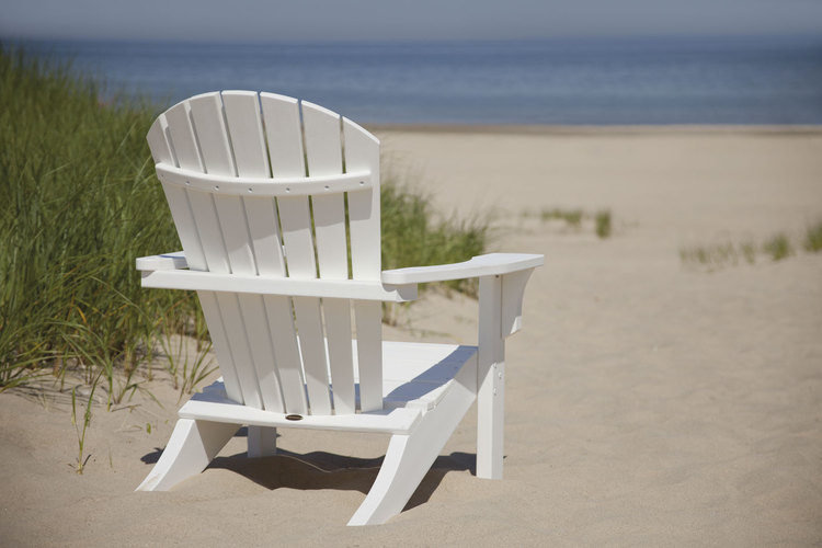Seashell 9 jpg. White Outdoors Garden Furniture   Chairs