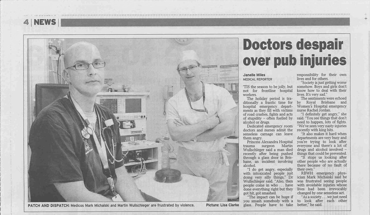 Dr Martin Courier Mail 281209b.jpg