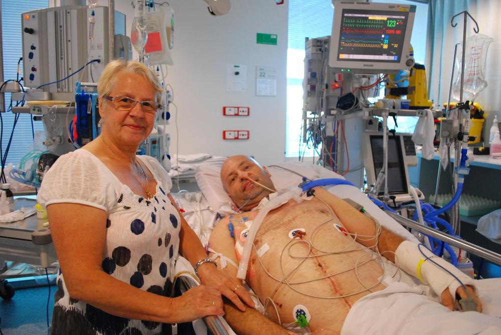 Darryl @ Hospital- 13 August 2010 (5).JPG