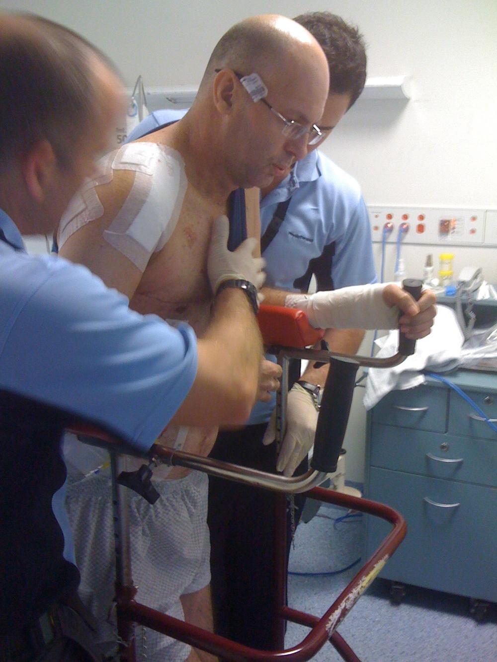 Darryl @ Hospital- 25 August 2010 (6).JPG