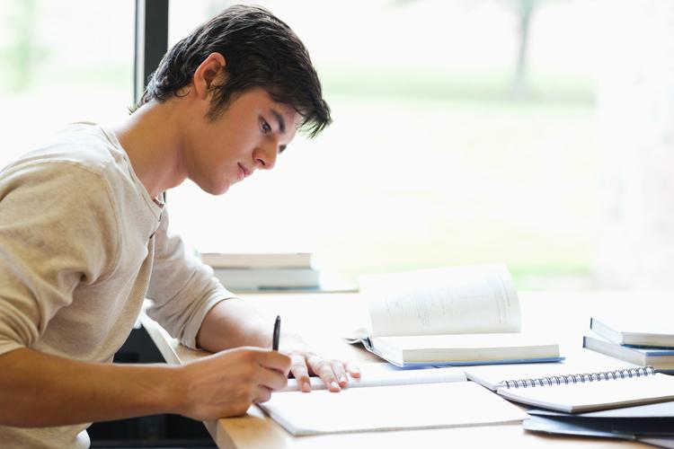 college essay support — polaris collegiate prepshutterstock    jpg