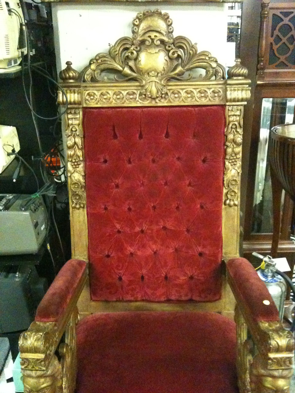Went to a prop house today. Wondering if this was the chair biggie sat in