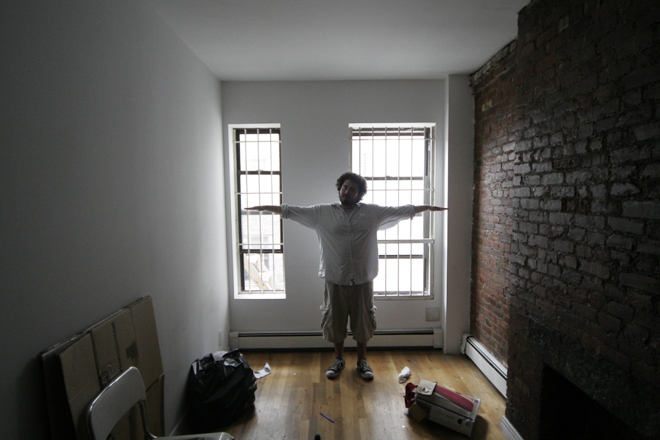 about this time 5 years ago blazey and i descended on nyc  for a visit to find our dream apartment in the east village. it didn't take long to realize we were not in ohio anymore. living rooms just weren't the same here.