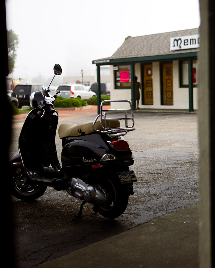 About a year ago mh figured it would be a fun adventure to have us ride my vespa over to the tip of long island to Montauk. (SMH now) 3 hours later we arrived at the famous Memory Motel.