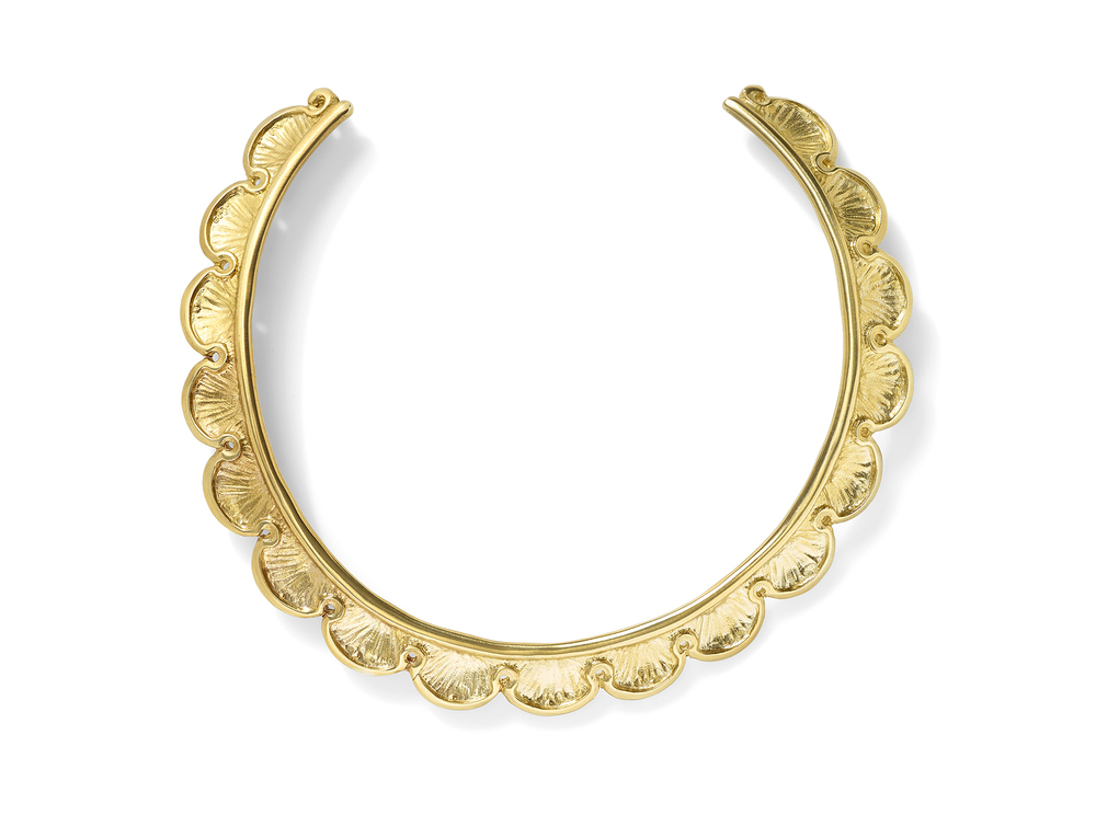 Taking inspiration from the grand tradition of Peruvian frames, this month's PR Series Collection piece, ELSA, is meant to frame the most sophisticated of faces. Scalloped edges recall a nautical daydream….matte gold finish evokes eras goneby….old world style meets modern day grace….a piece fit for Helen of Troy. ELSA, a gold-plated, hand-made brass choker that toes the line between dainty and daring.