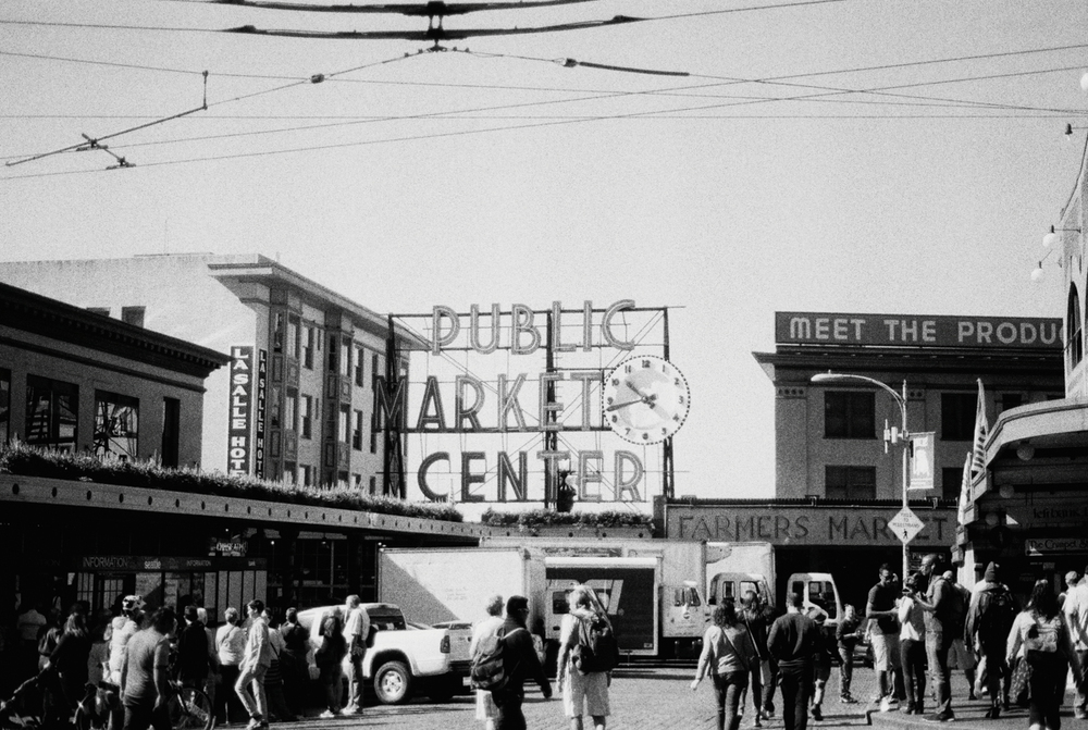 Seattle Public Market | Black and White Film Photography by Azzari Jarrett