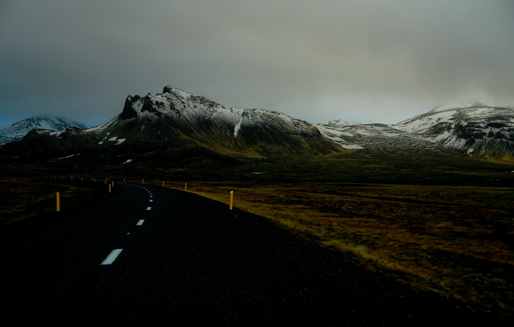 0210 iceland road.jpg