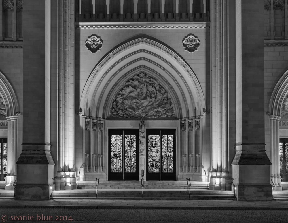 Black and white: Doors to the Cathedral/