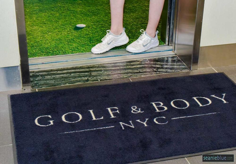 golf body hilton 1200 40-5537.jpg