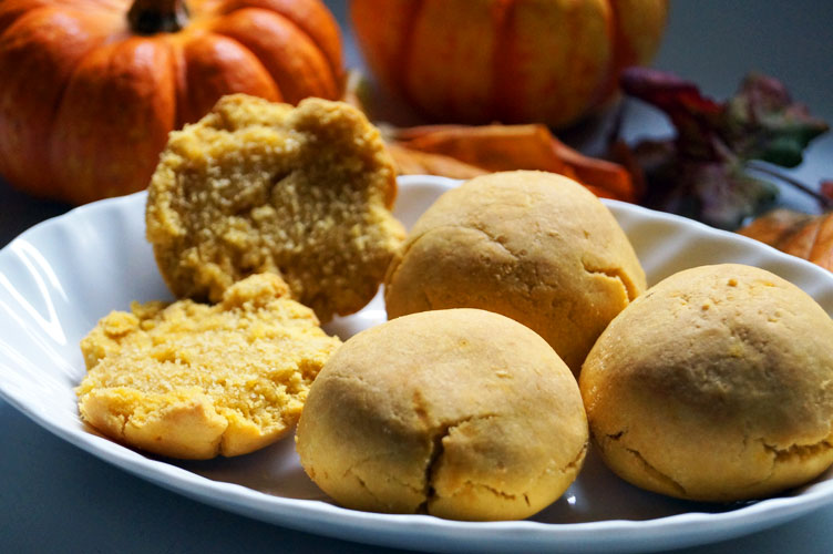 easy dinner rolls - aip and paleo