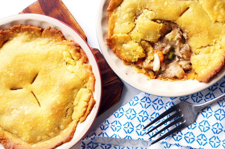 Cassava flour chicken pot pie (paleo, AIP) // TheCuriousCoconut.com