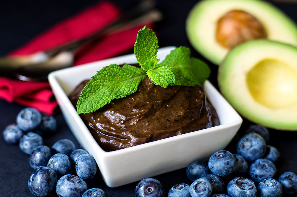 Probiotic Mint Chocolate Blueberry Avocado Protein Pudding (with hidden kale!) - Paleo, AIP option, Primal, Wahls Protocol // TheCuriousCoconut.com featuring Perfect Supplements