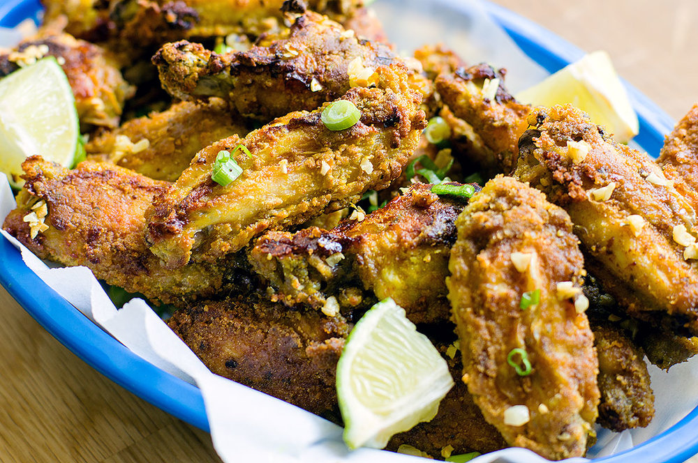 Brazilian Style Chicken Wings with Crispy Garlic - Frango à Passarinho (Paleo, Gluten-Free, AIP option) // TheCuriousCoconut.com