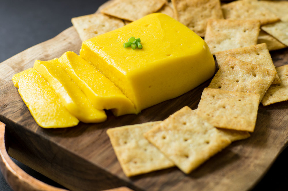 Paleo AIP cheddar cheese and crackers