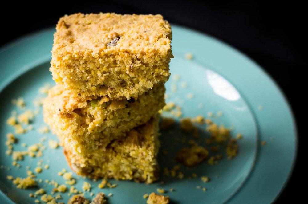 gluten-free egg-free cracklin' cornbread made with coarse cornmeal