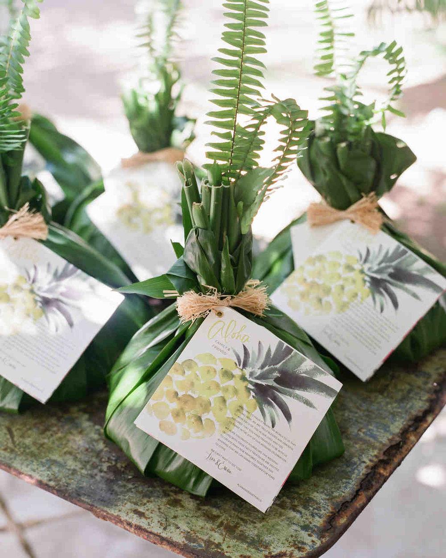 lian-erween-hawaii-wedding-0119-s112268_vert.jpg