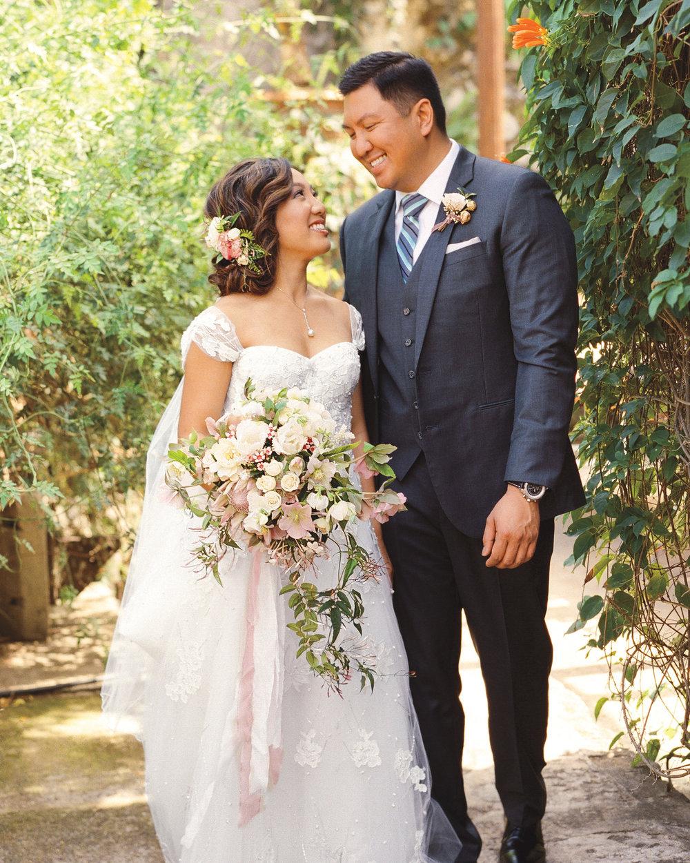 lian-erween-wedding-hawaii-0447-s112268_vert.jpg