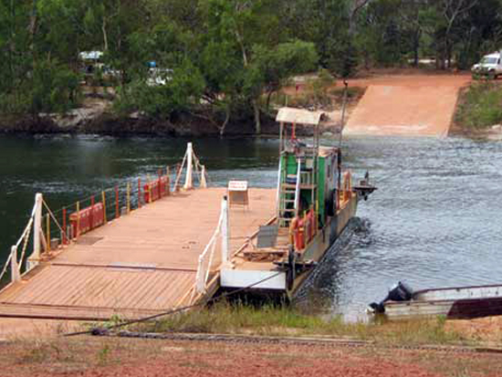 Picture of the Jardine River Ferry.