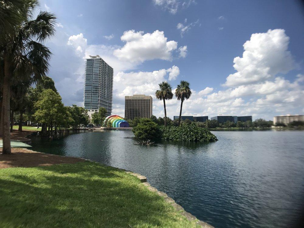 Lake-Eola-Orlando-Florida-Townie-Tourist.jpg