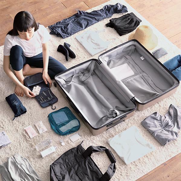 Muji 35L Suitcase.jpg