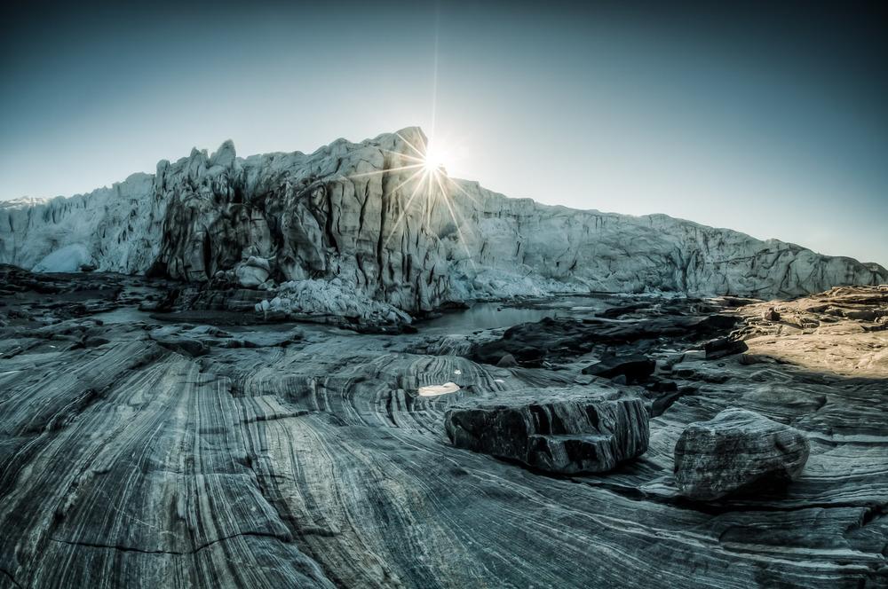 Russelův ledovec – okamžik, kdy nelze zůstat stranou…