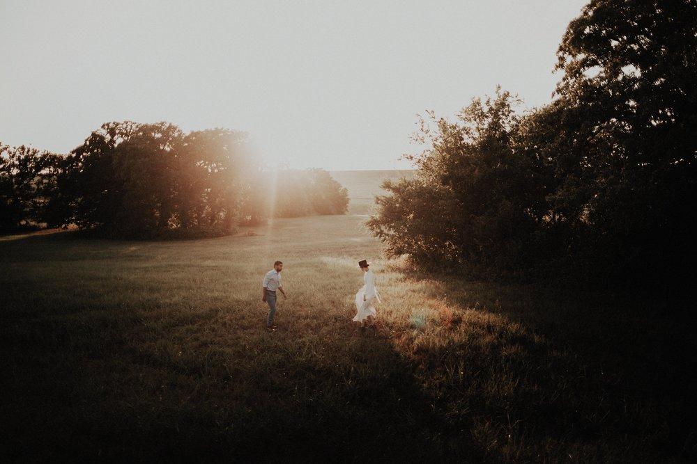 Laurel and Isaac192LAURENAPELPHOTO.jpg