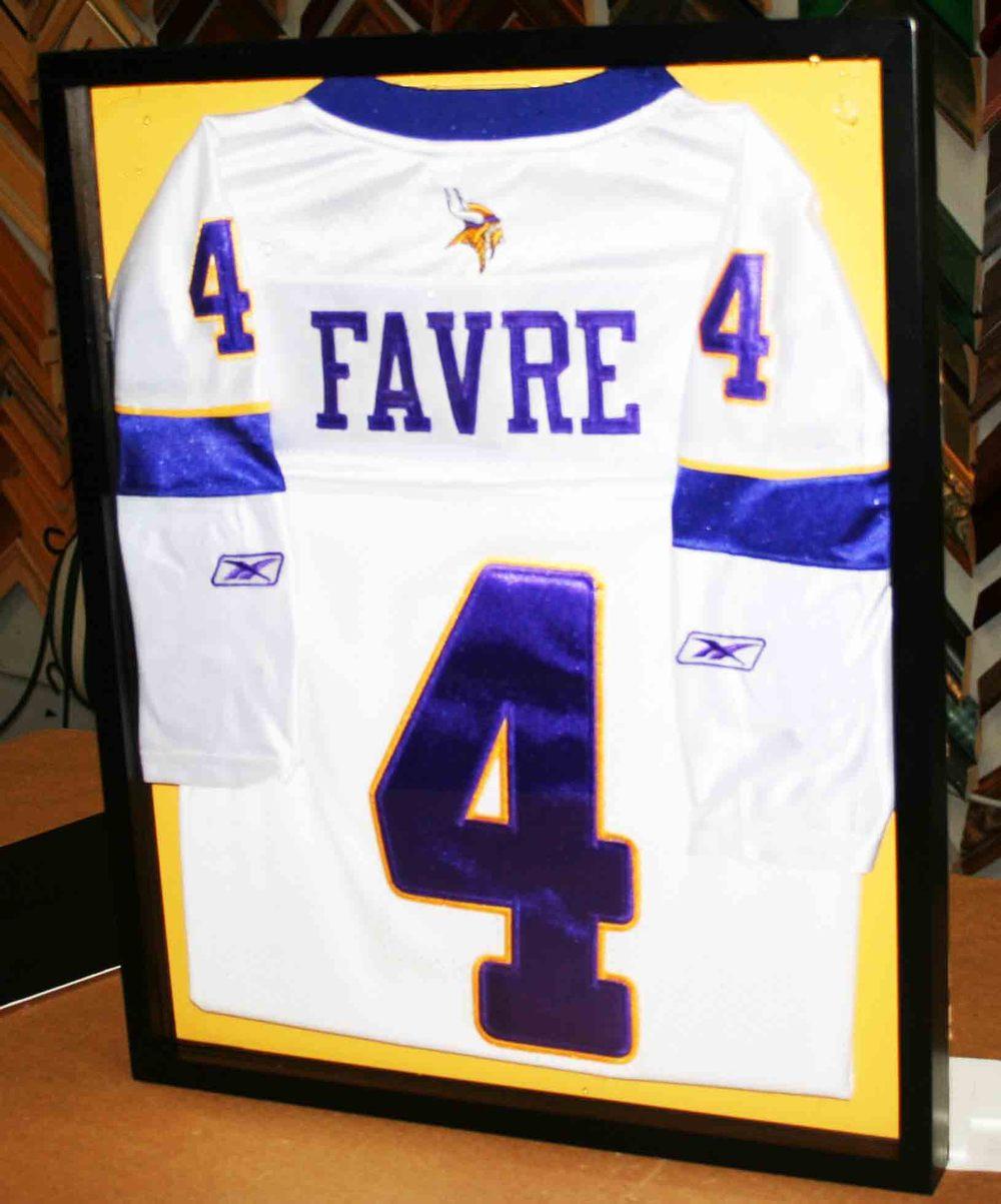 Favre.jpg