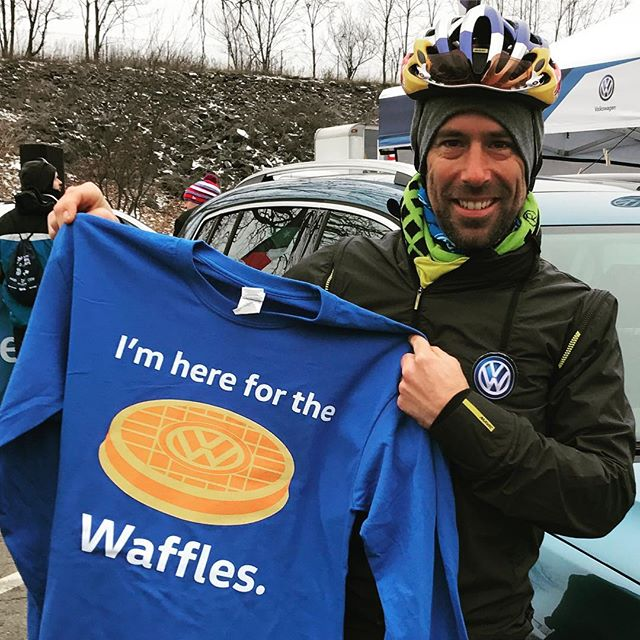 Feels Like™ temp of 11F #cxnats means all of the clothes. And distraction by waffle. BRRR