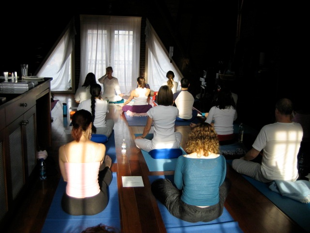 Teaching6_Pranamandir pic Jan 06.jpg