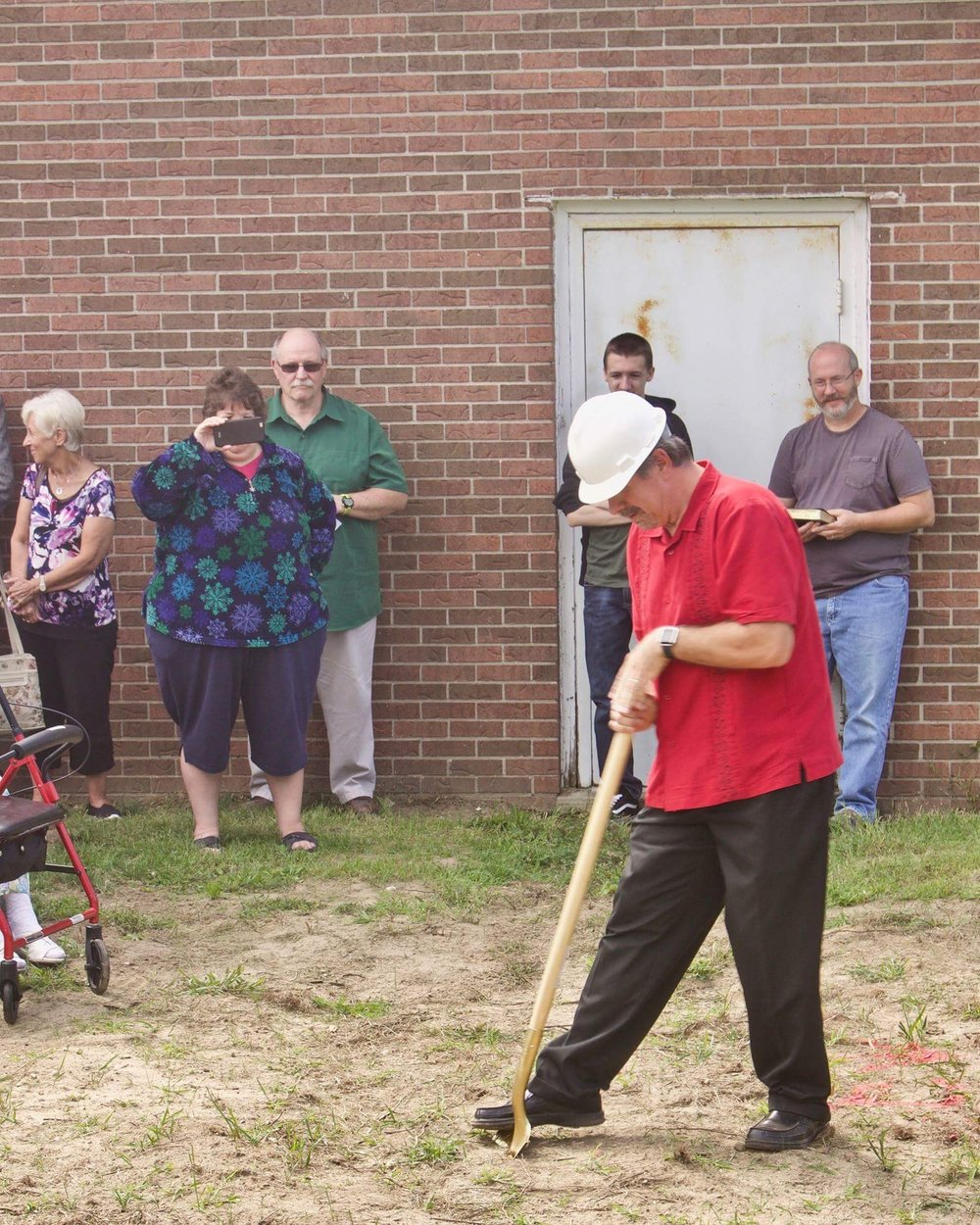 Pastor Bruce Digging.JPG