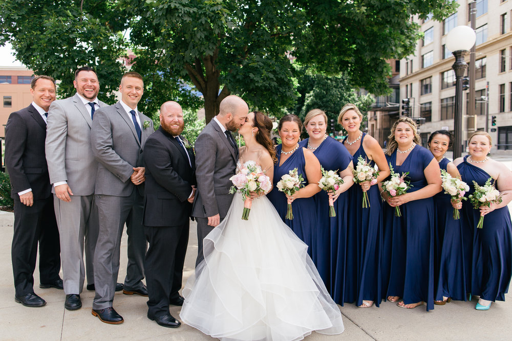MinneapolisWeddingPhotographer64.jpg