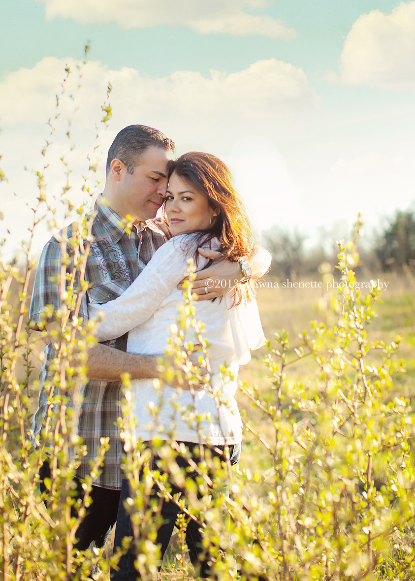 Massachusetts Photographer Couples Outdoor Millbury Auburn Engagement Photos
