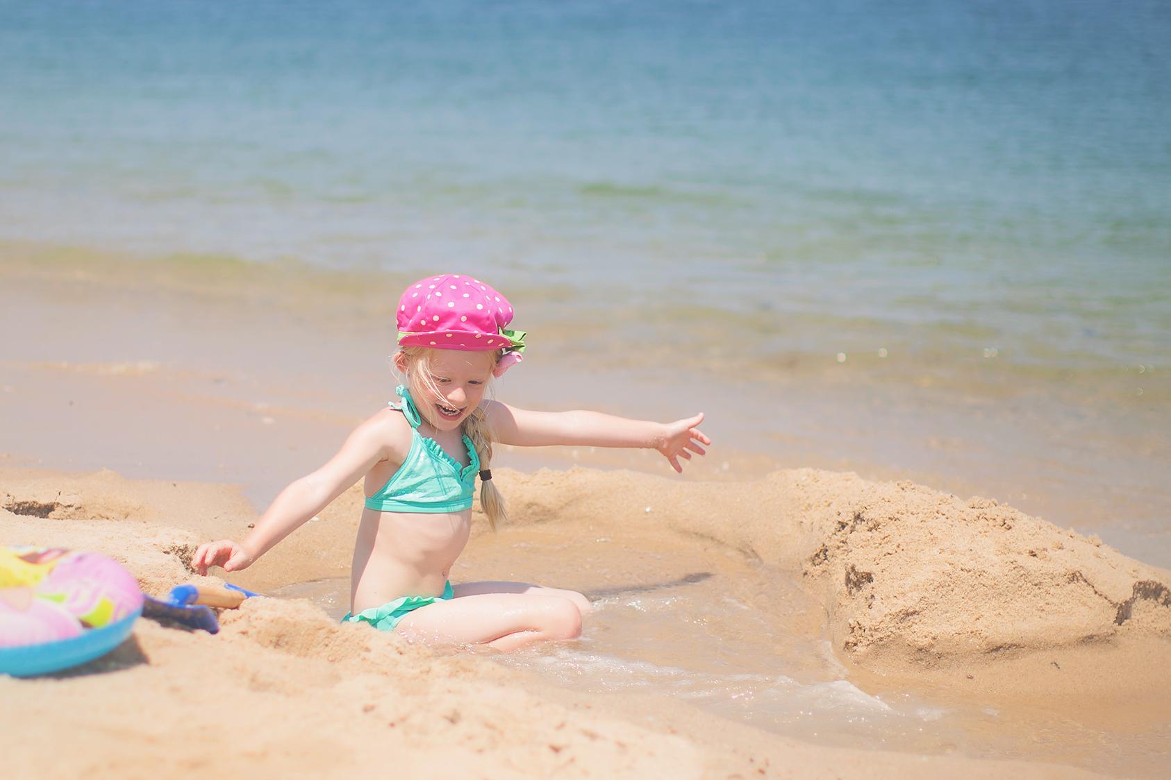 Massachusetts Outdoor Child Photographer Beach Photos Cape Cod Auburn Millbury Worcester