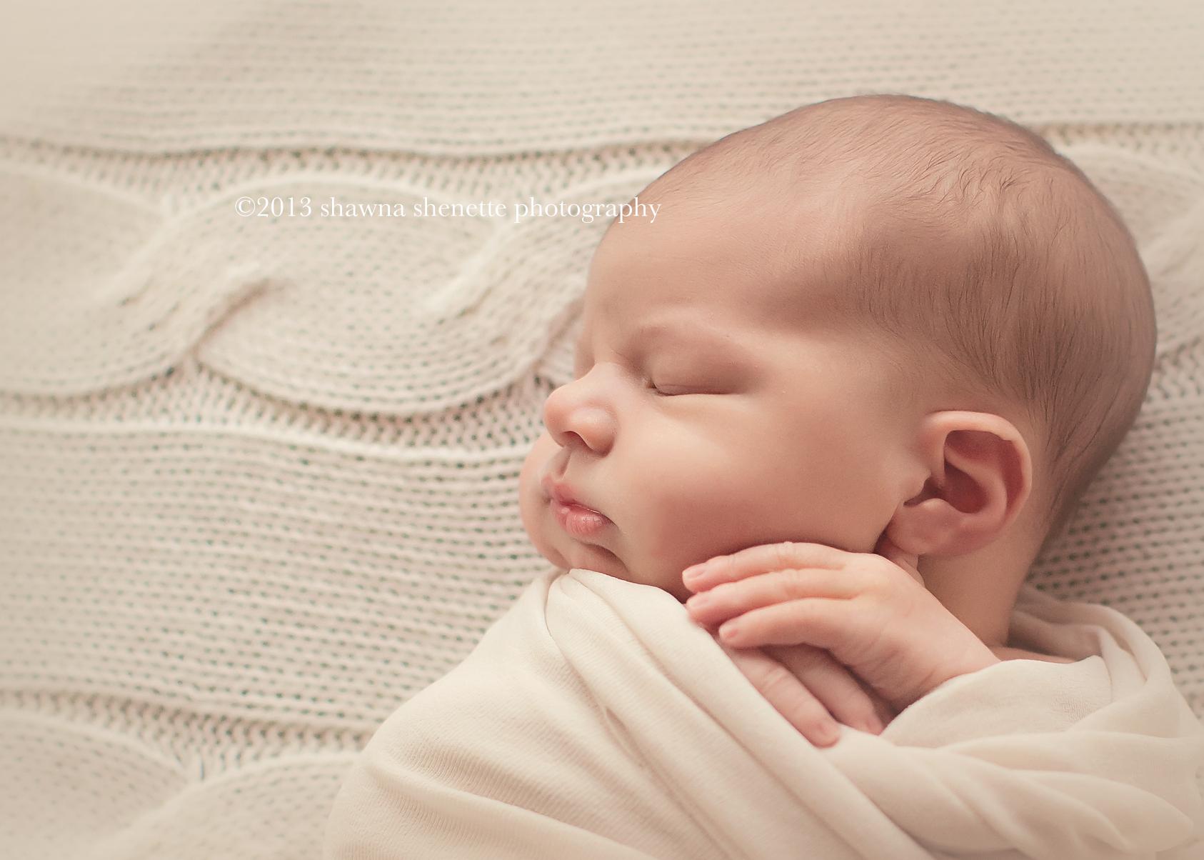 massachusetts newborn baby boy photos family worcester millbury photojournalistic