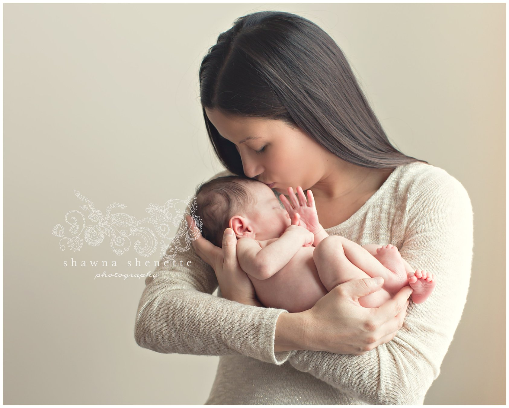 Worcester Massachusetts Millbury MA Newborn Baby Pics Pictures Photographer