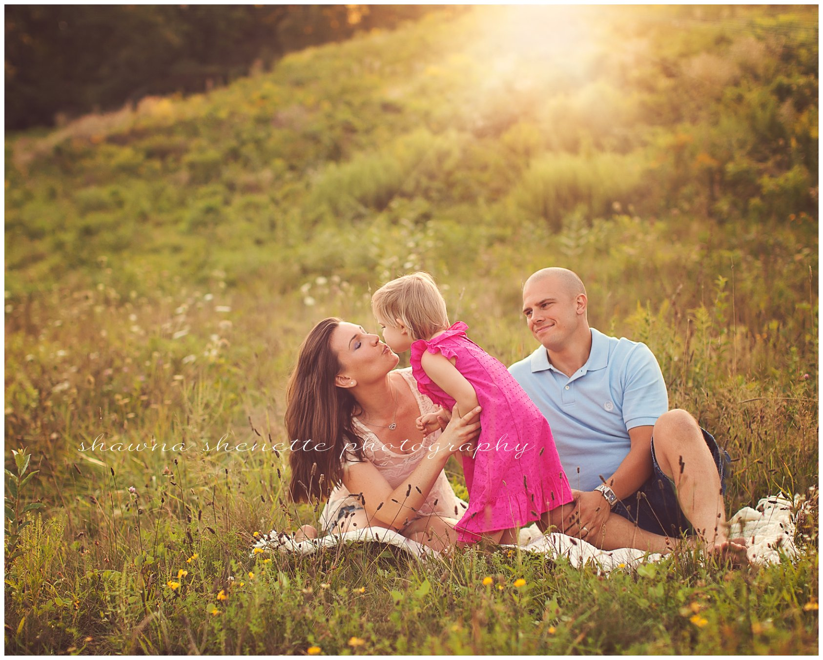 Millbury Massachusetts Outdoor Family Photographer Worcester Central MA Portraits Outside