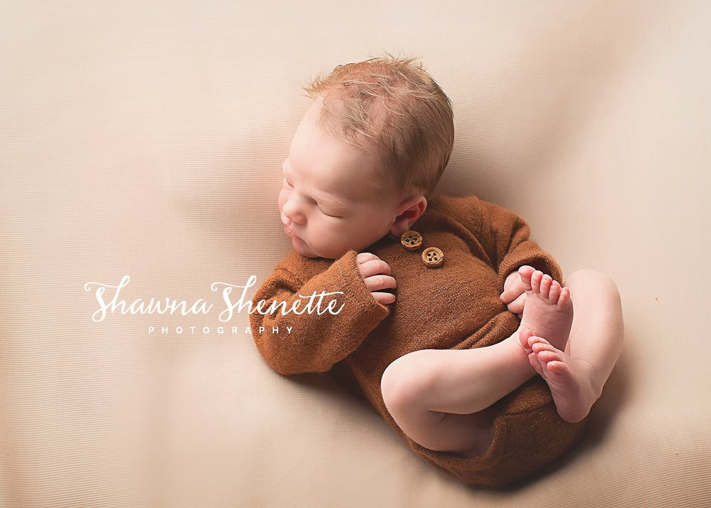 Millbury MA Newborn Photographer Massachusetts Worcester Newborn Photos Baby Boy Mini Session