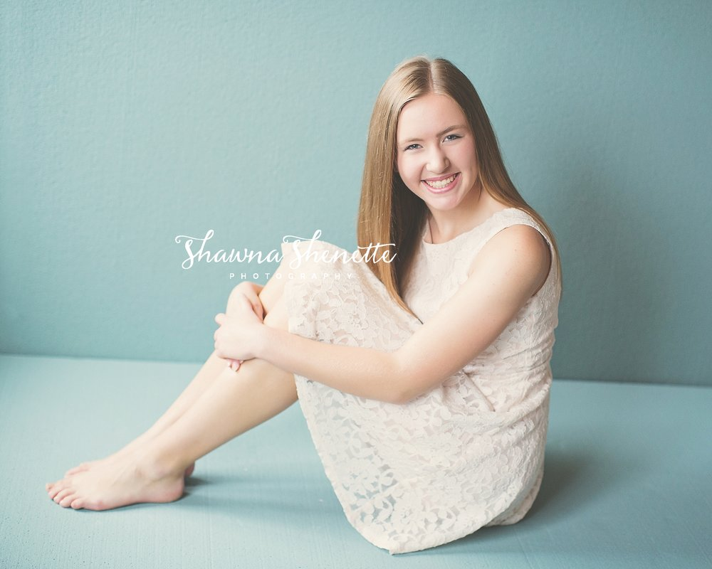 Millbury Photo Studio Massachusetts Headshot photos Contemporary glamour high school senior girl