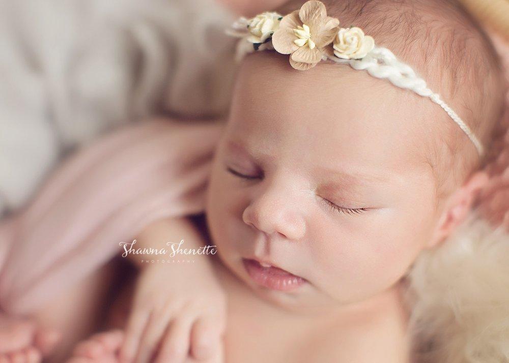 Worcester MA Newborn Baby Girl Photographer Auburn Millbury Sutton Boston Metrowest Newborn Photos Sweet Baby Girl Photos_0032.jpg