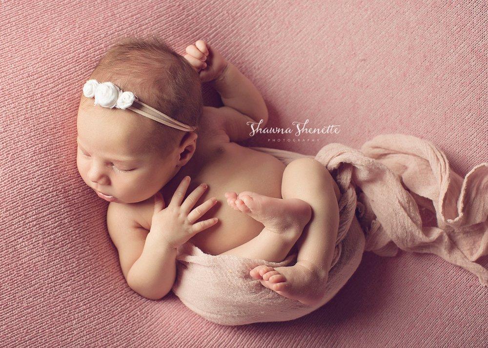 Worcester MA Newborn Baby Girl Photographer Auburn Millbury Sutton Boston Metrowest Newborn Photos Sweet Baby Girl Photos_0035.jpg