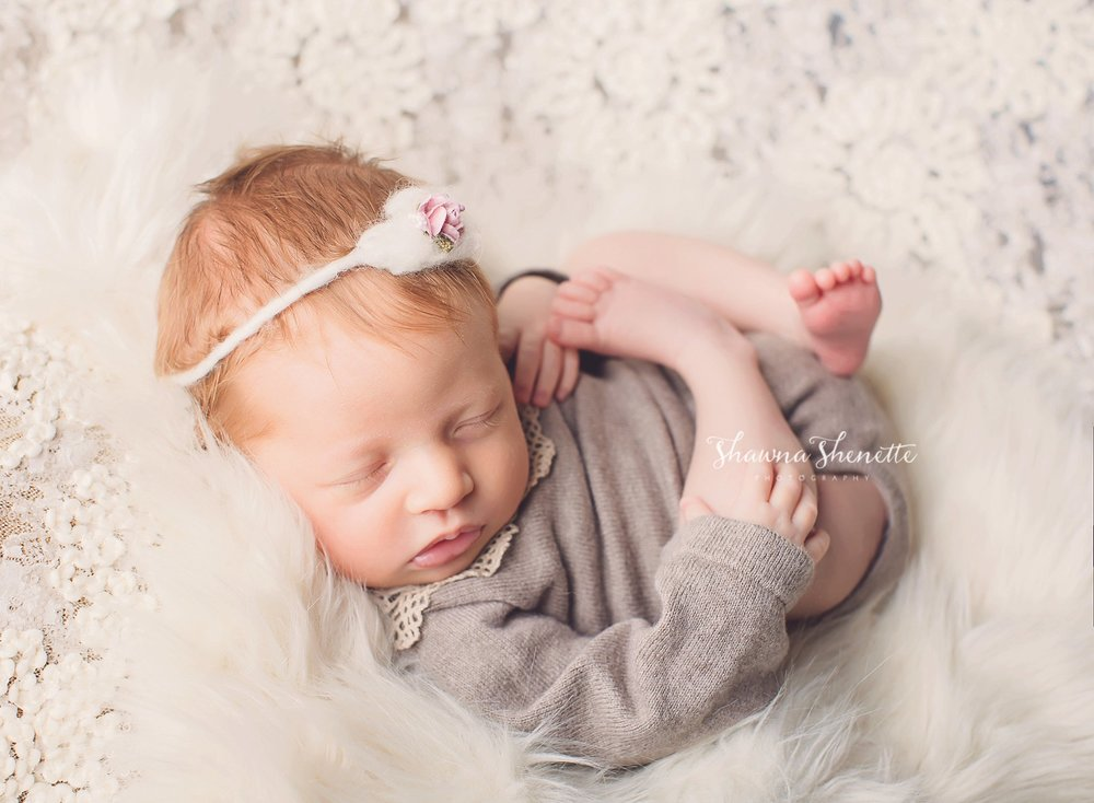 Worcester Newborn Photographer Best Boston Massachusetts Baby Girl Photos_0032.jpg