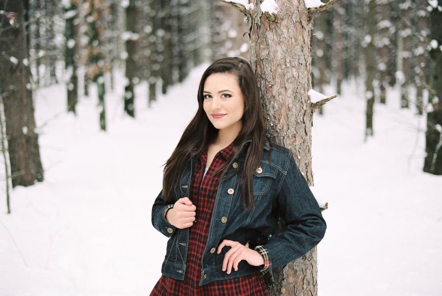 StacyHanna_WinterWoods-09.jpg
