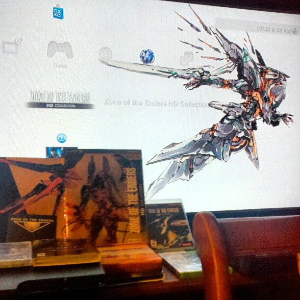 infinitestrike :     Guess who got the Limited Edition of Zone of the Enders…this guy!     Make sure you look for the GGN review of Zone of the Enders HD review by infinitestrike aka Marcus Lawrence