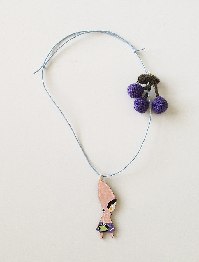 anecklace-berry_1024x1024[1].jpg