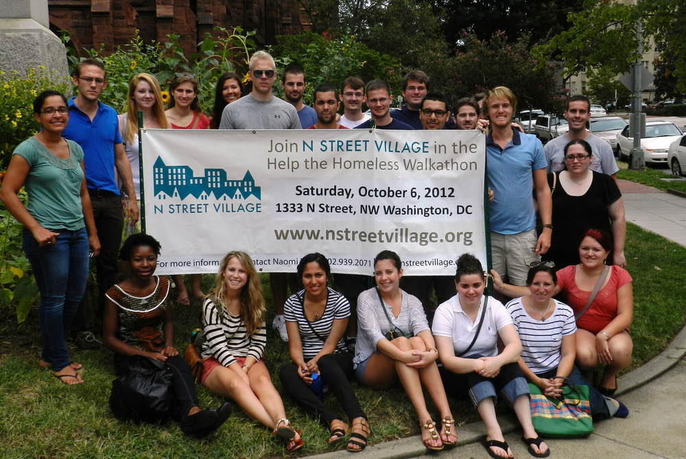 WII's fall-semester interns visited the Center to learn about the vulnerable populations and challenges of urban DC.